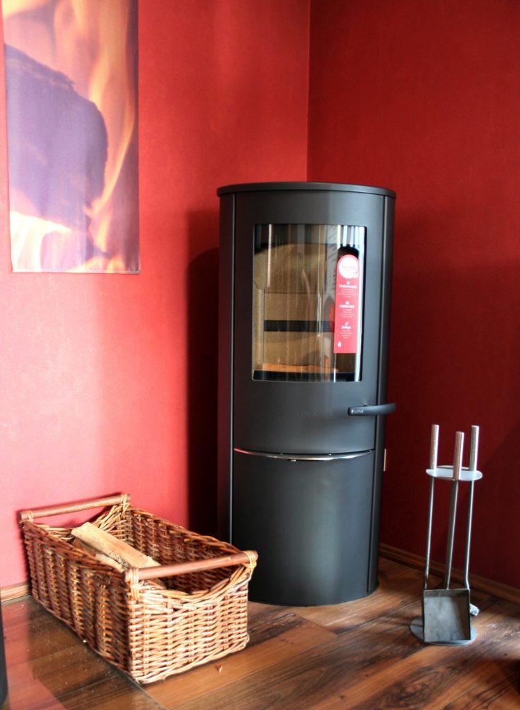 rund um kamin und ofen kaminhaus oeding. Black Bedroom Furniture Sets. Home Design Ideas